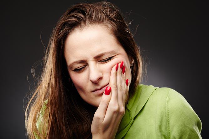 Сильная зубная боль