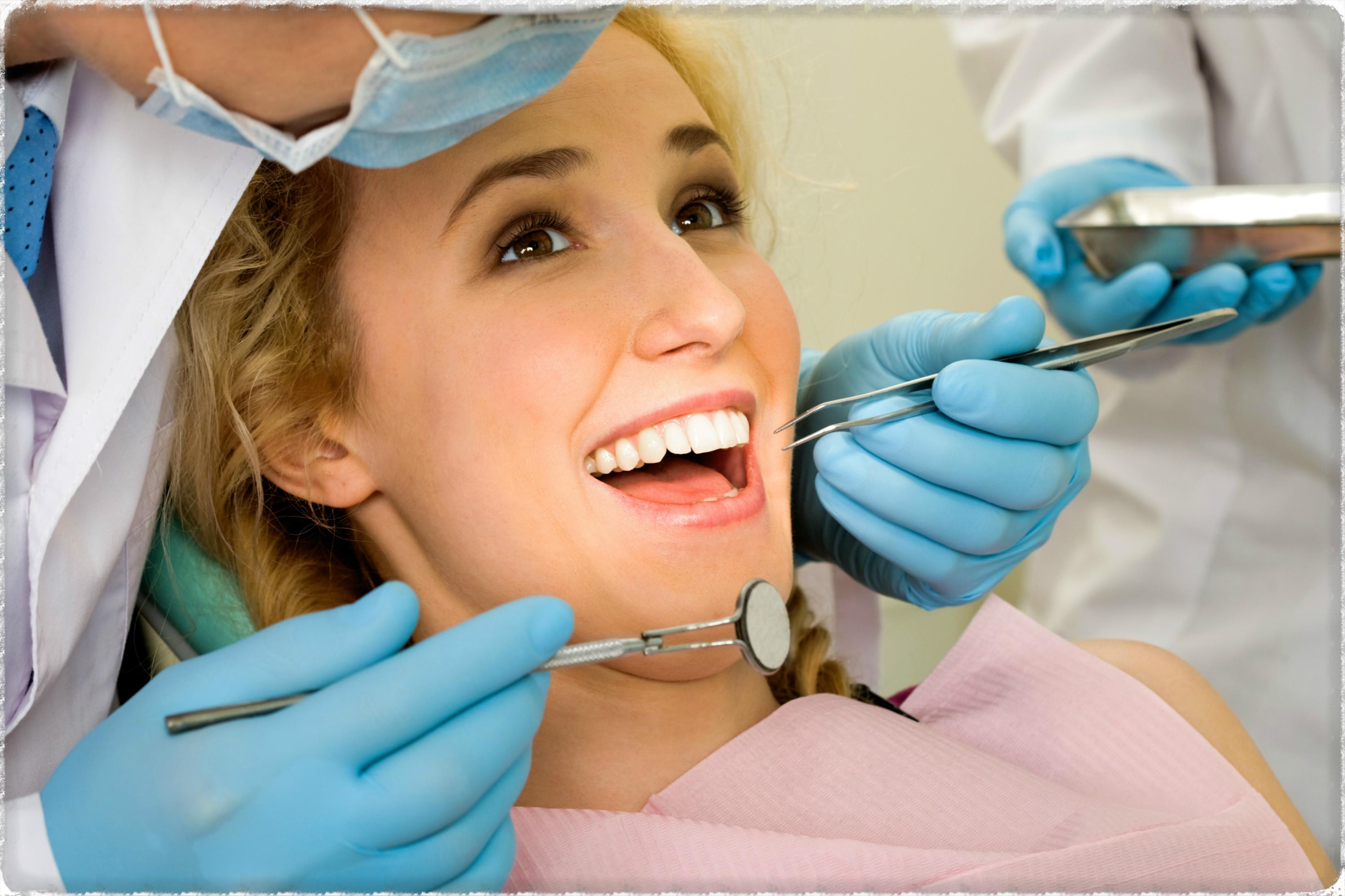 Визит к стоматологу для лечения кариеса