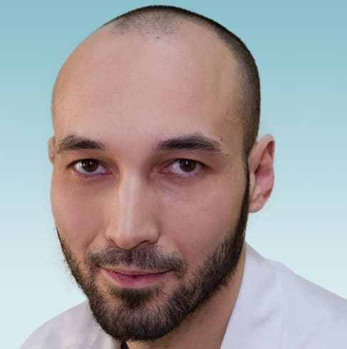 Cпециалист Харнас Петр Сергеевич