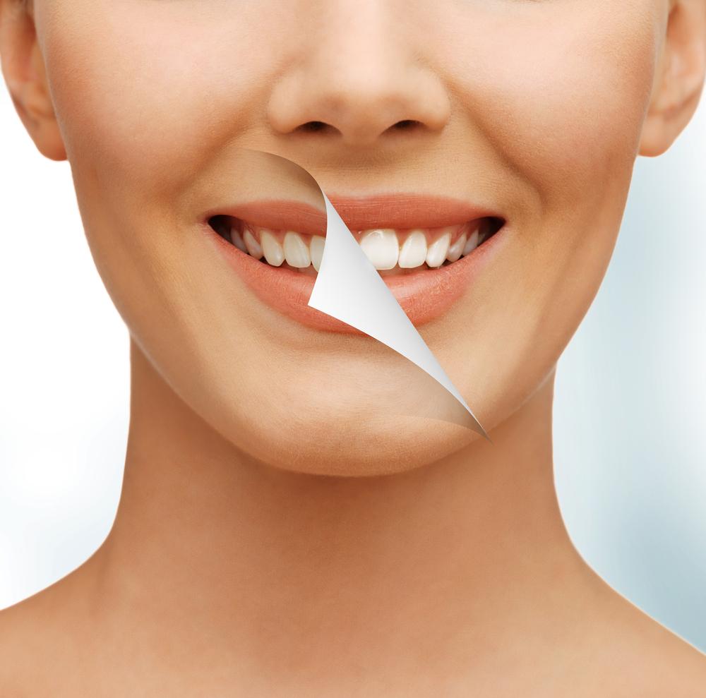В уходе за зубами поможет профессиональная гигиена Air Flow