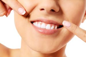 Как можно снять камни с зубов