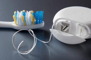 Почему полезна гигиеническая чистка зубов