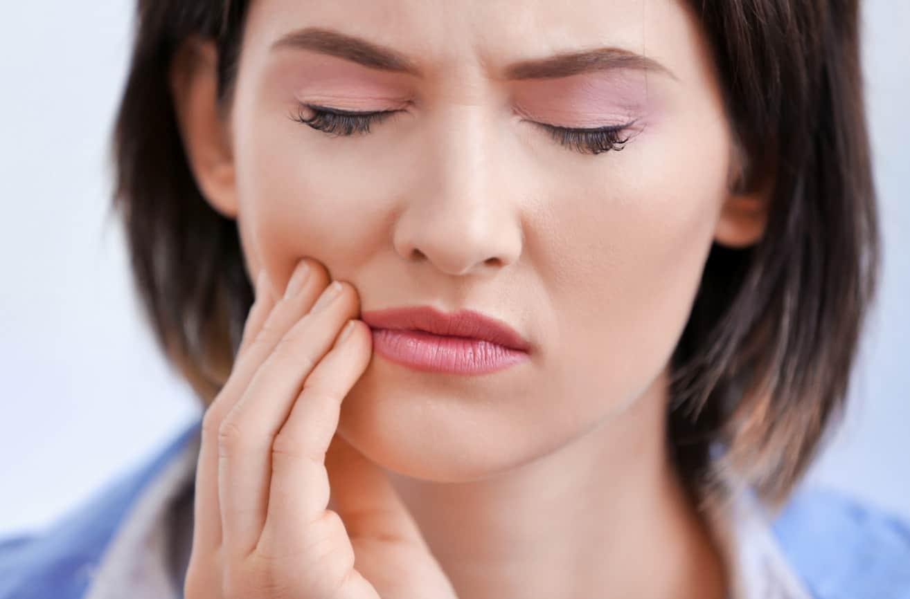 Симптомы, указывающие на пришеечный кариес фото